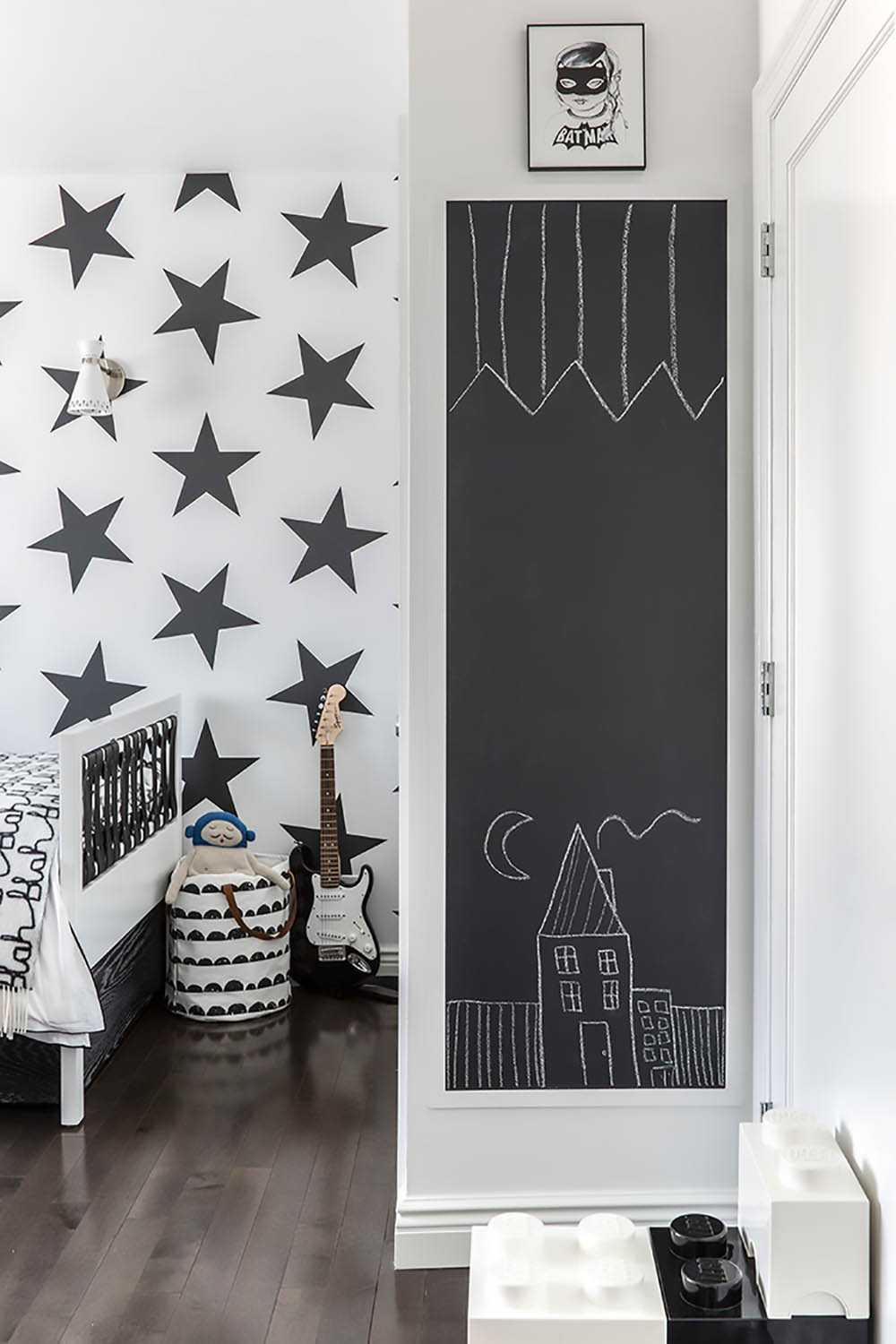 chalk board behind door in kids room