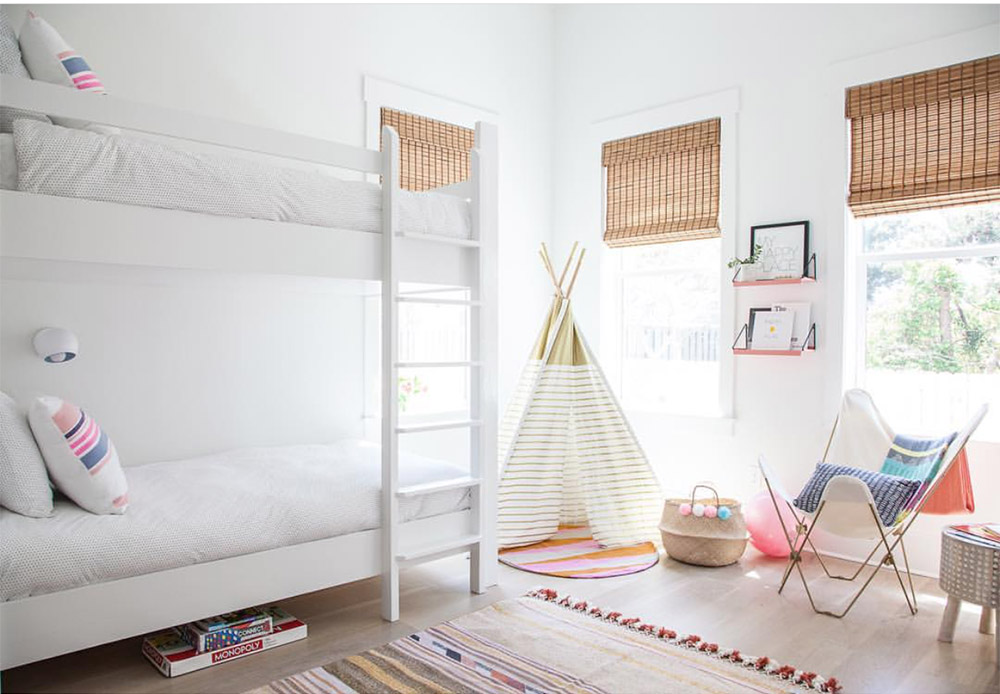 shared girls bunk room