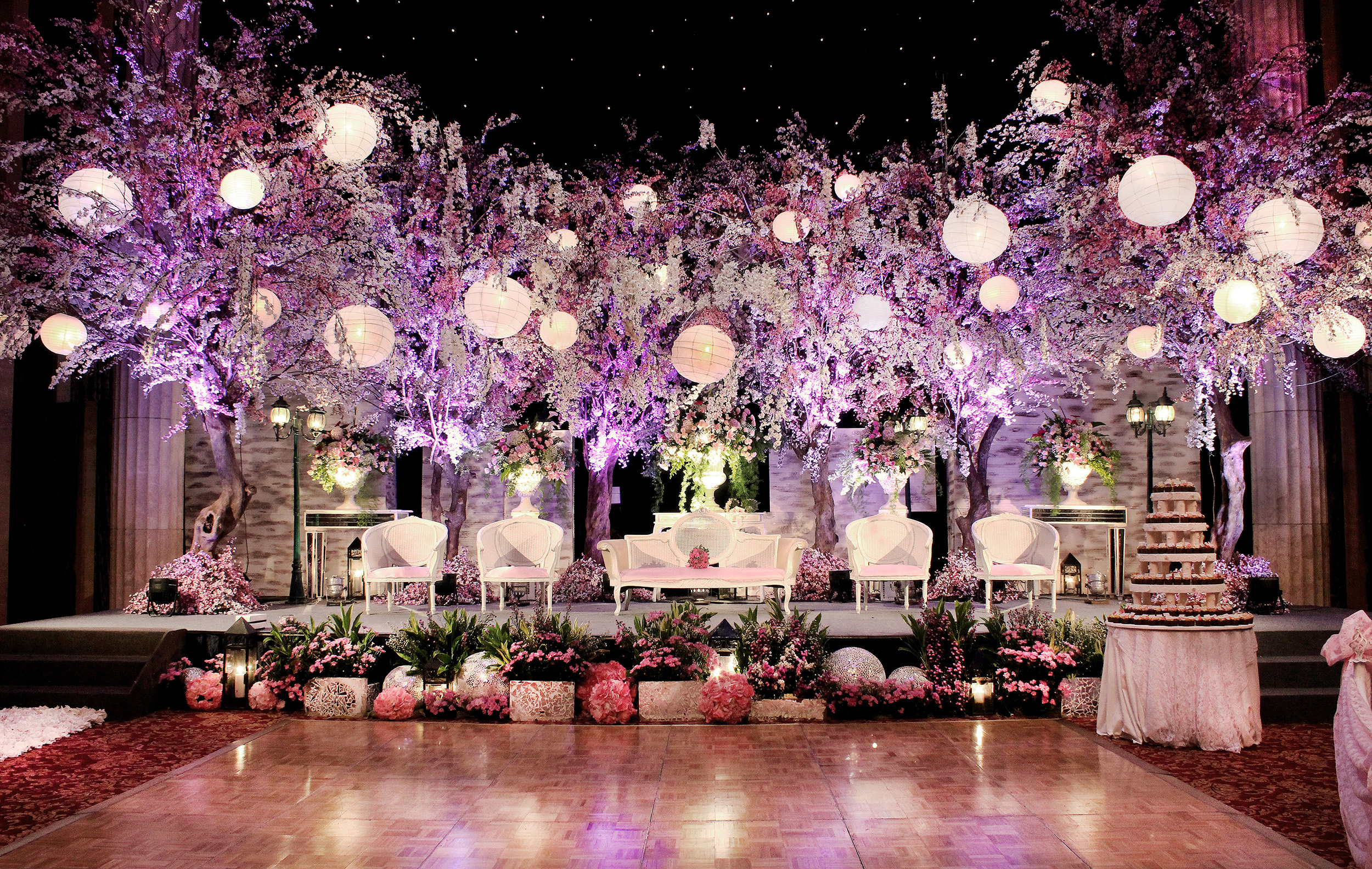 Azalia decorationwedding decoration azalia decoration sakura wedding decoration kempinski hotel jakarta by azalia decoration junglespirit