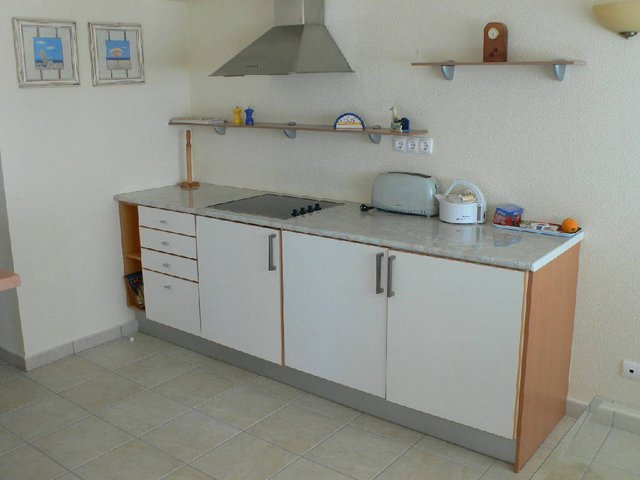 VC48D kitchen.JPG