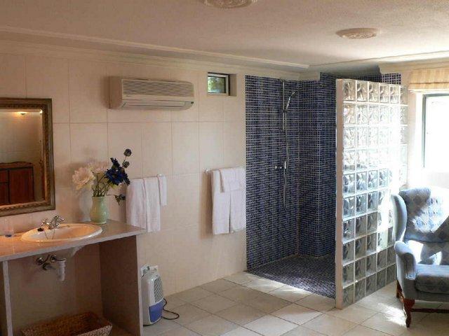 VC48D shower 2.JPG