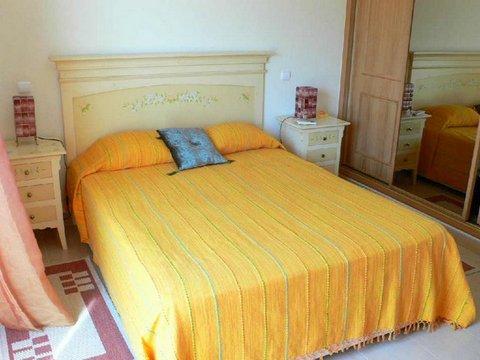 VC16 Bed 1.JPG