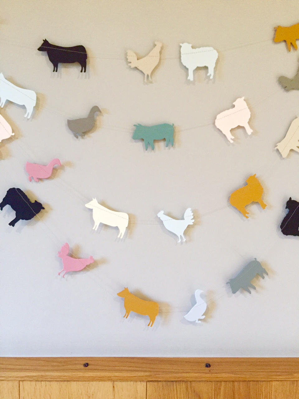 New Country Girl farm animal garland. ©2016 Kelly M. O'Brien.
