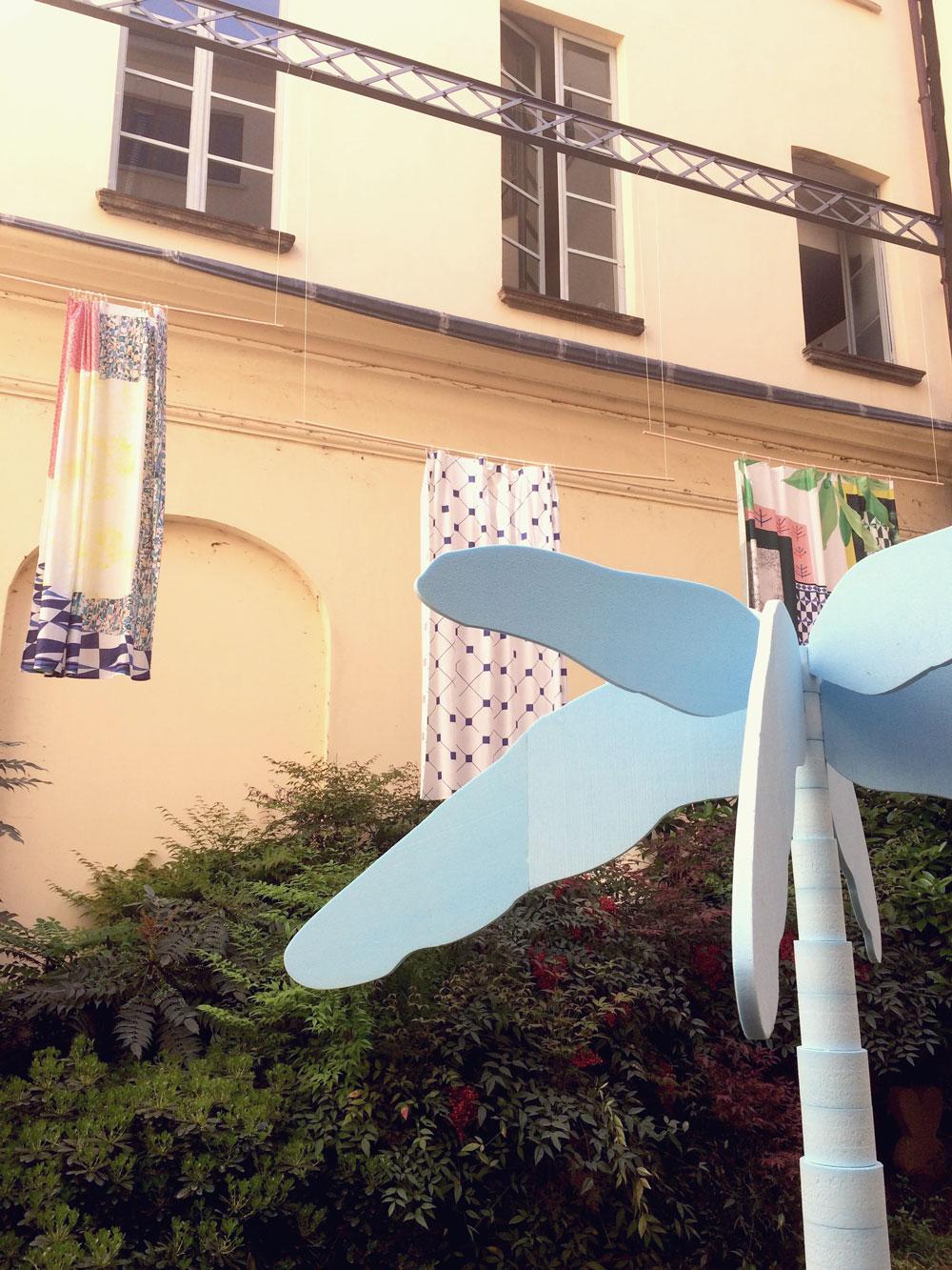Dusch-Vorhänge von Kollektiv Vier (Basel, Bern Zürich)