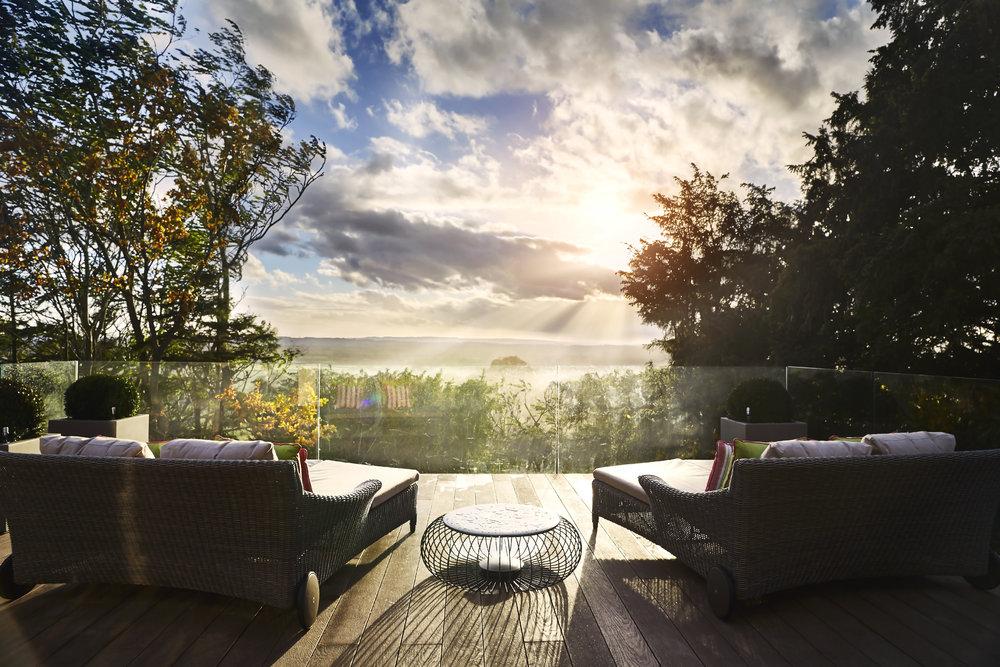 Cotswolds_House_Terrace.jpg