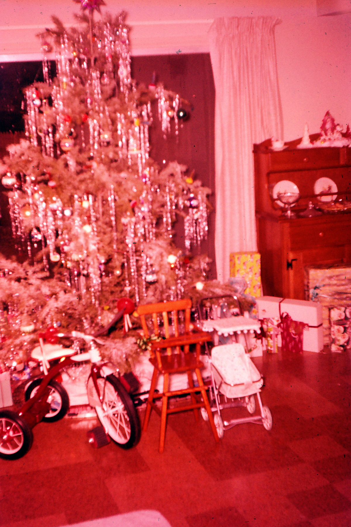vintage christmas tree - 1950s Christmas Decorations