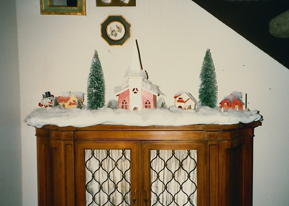christmasvillage1987