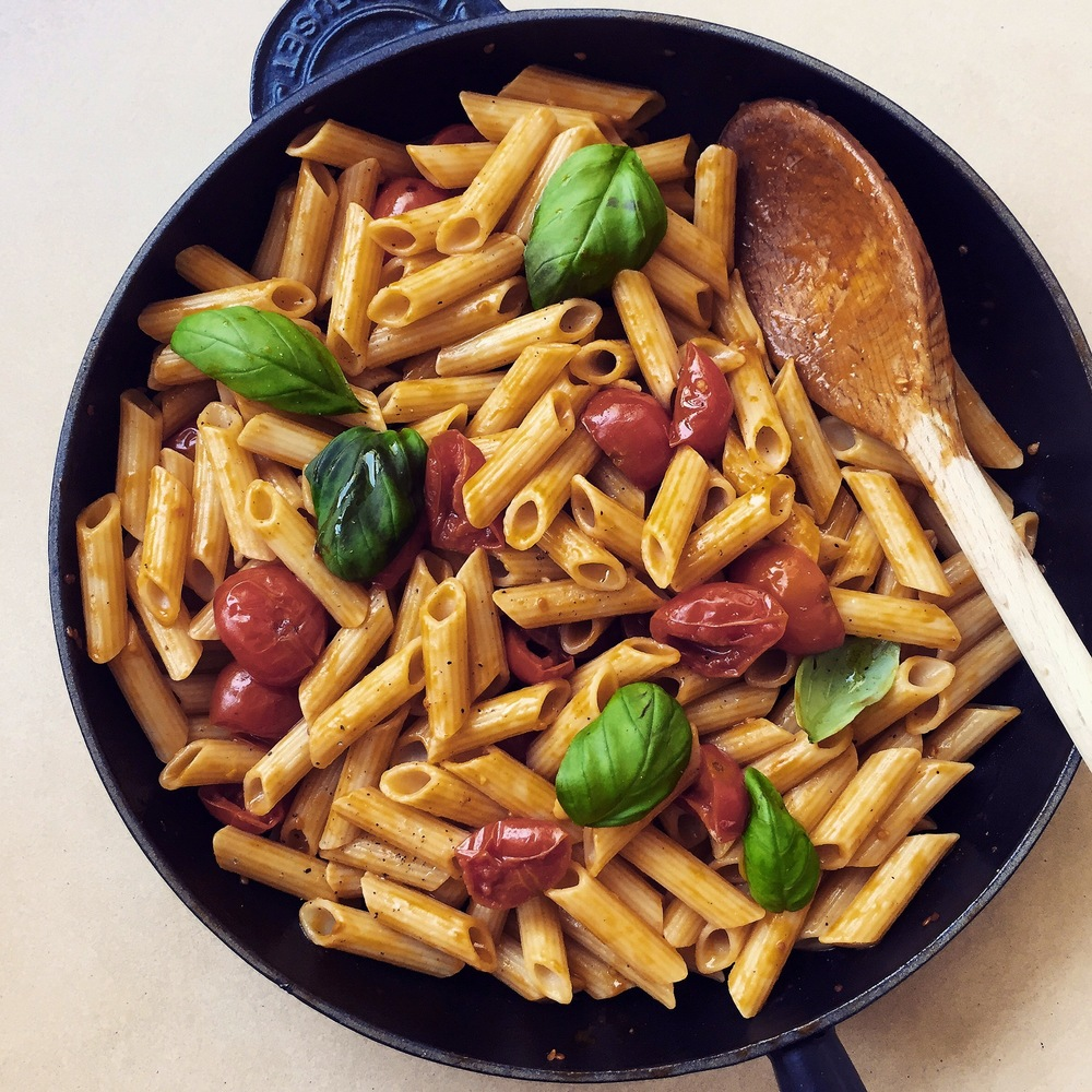 Our usual Sunday meal! This one is just a simple sauce... Ingredients: Balsalmic Vinegar, Black Pepper, Brown Sugar, Butter without Salt, Fresh Basil, Olive oil, Cherry tomatoes, Sea salt, Brown Rice Pasta, Garlic Cloves  Posted by: gingerandchorizo