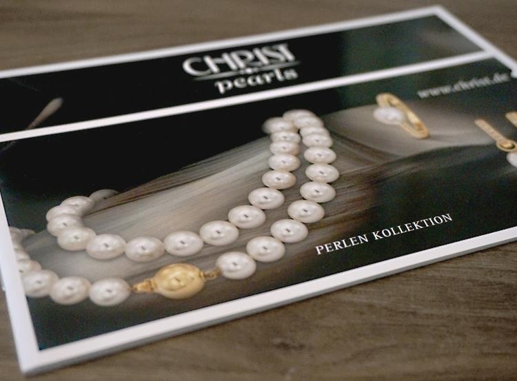 Pearls_Flyer_2012_Titel_Show.jpg