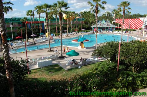 Poolside Movie Schedule of Disney's All Star Music