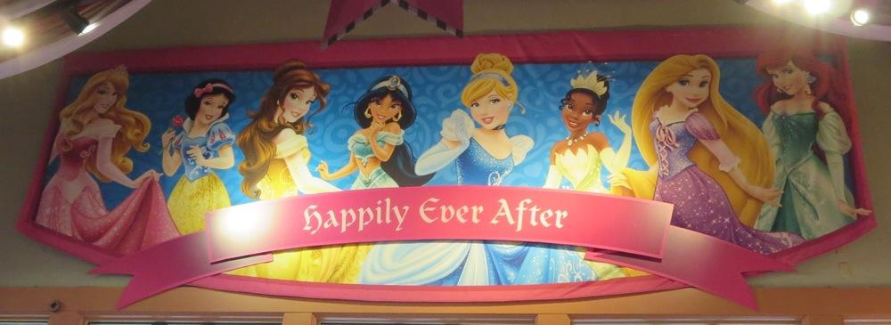 Princesses Outside The Parks Build A Better Mouse Trip