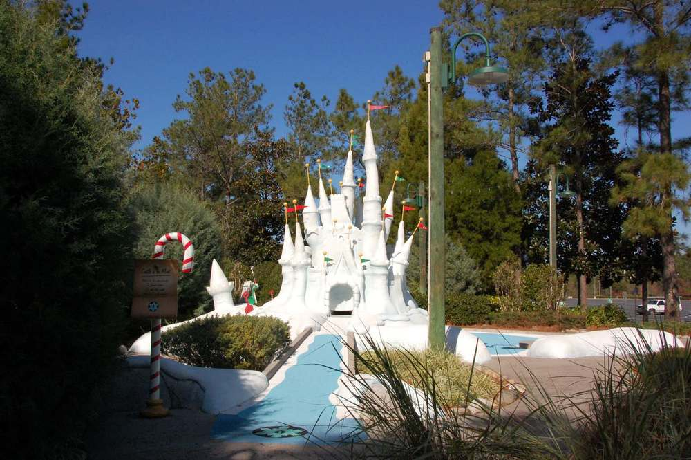 Castle round at Disney's Winter Summerland putt-putt golf course.