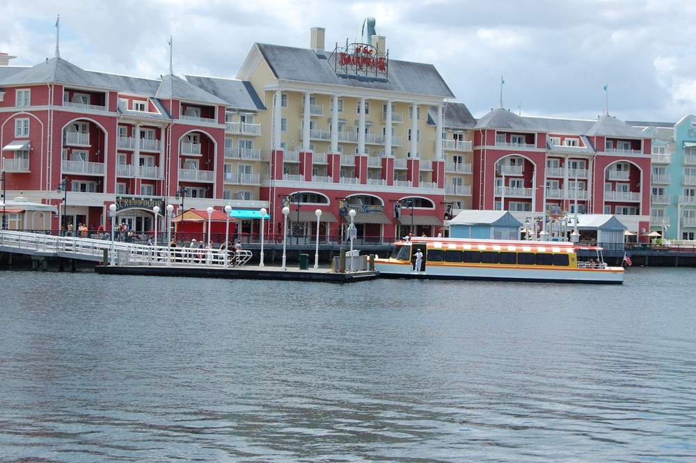 Disney's Boardwalk Inn and entertainment Area - Hotel complex with shopping, dining, and nightlife options.  Walt Disney World Resort  - Florida.  Photo by http://www.buildabettermousetrip.com/disneys-boardwalk-inn