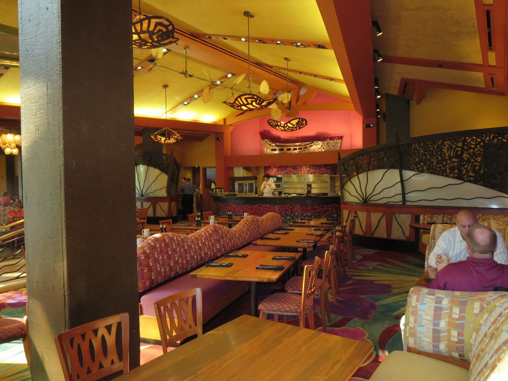 Inside Kona Cafe at Disney's Polynesian Village Resort / Disney World.  Photo by www.BuildABetterMouseTrip.com