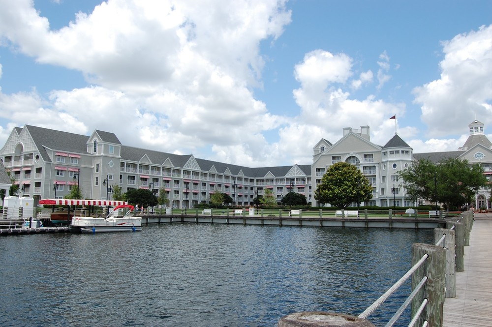 Disney's Yacht Club Building