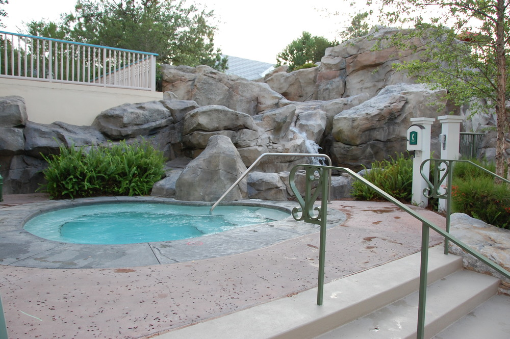 High Rock Springs Hot Tub