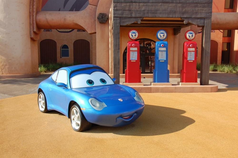 Art of Animation Cars Suzie Carrera