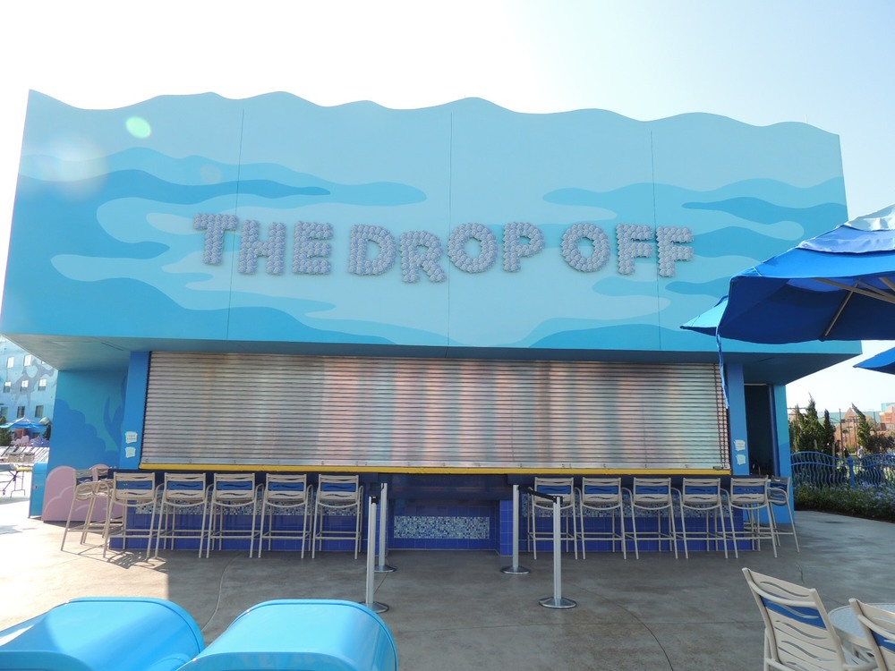 Drop Off Pool Bar