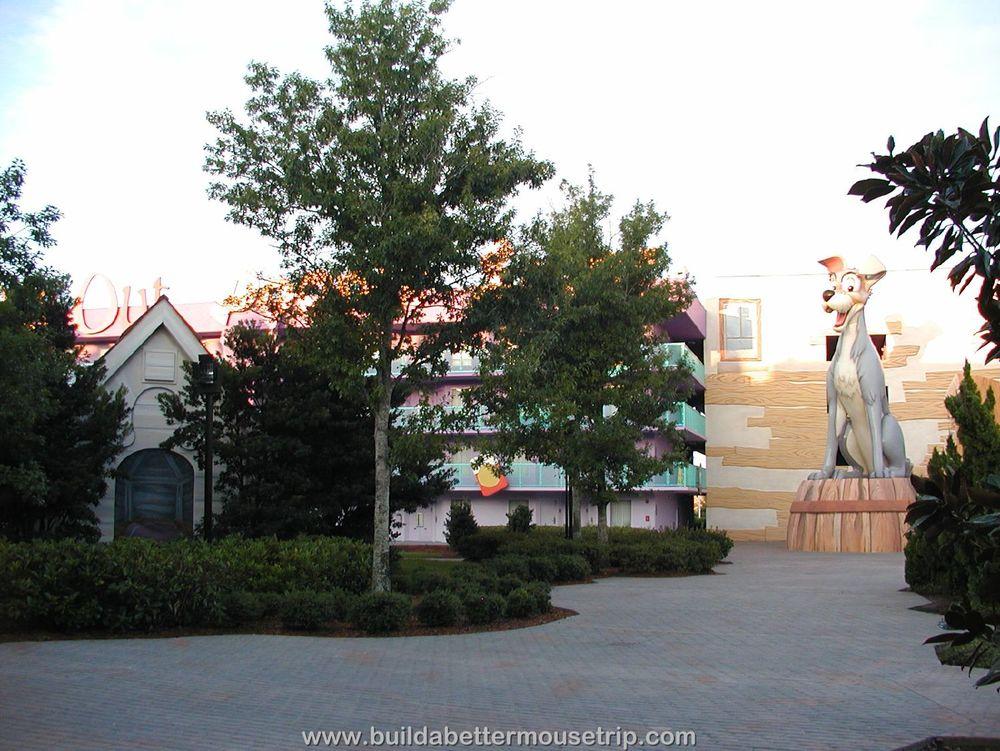 Pop Century Building 3 Tramp