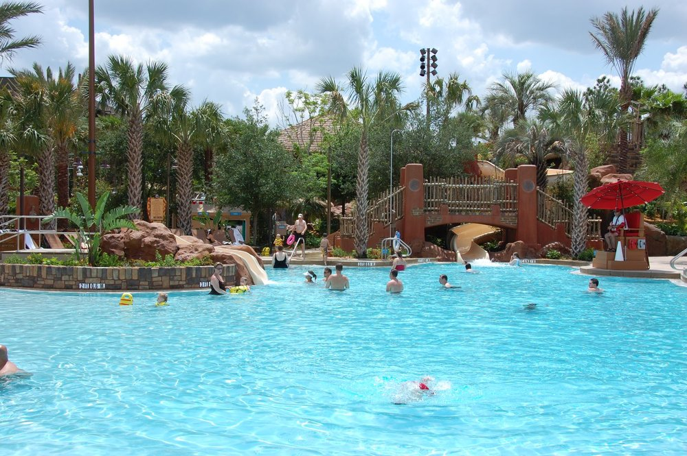 Samawati Springs Pool at the Kidani area of Disney's Animal Kingdom Lodge Resort / Photo by www.BuildABetterMouseTrip.com