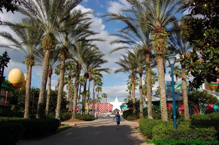 Palm tree lined courtyard at Disney's All-Star Music Resort