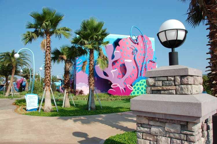 Art-of-Animation-471-Ocean-themed-decor-at-the-Art-of-Animation-Resort.JPG