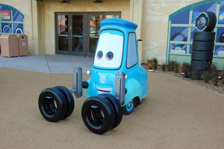 Art-of-Animation-609-Guido-the-Forklift-statue-at-the-Art-of-Animation-Resort.JPG