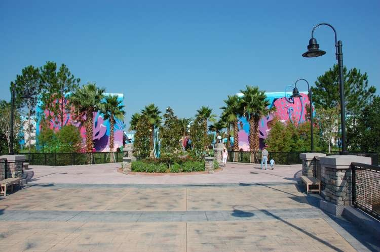 Art-of-Animation-997-Art-of-Animation-Resort-side-of-the bridge.JPG