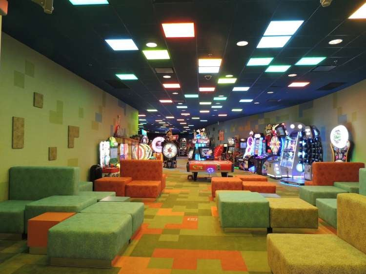 Disney's-Art-of-Animation-Inside-the-Pixel-Play-Arcade.JPG