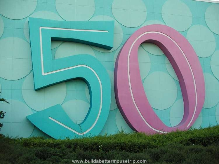 The '50s buildings at Disney's Pop Century Resort