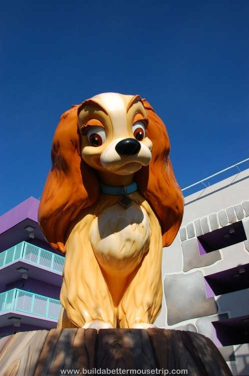 Lady and the Tramp buildings in the 1950s area at Disney's Pop Century Resort