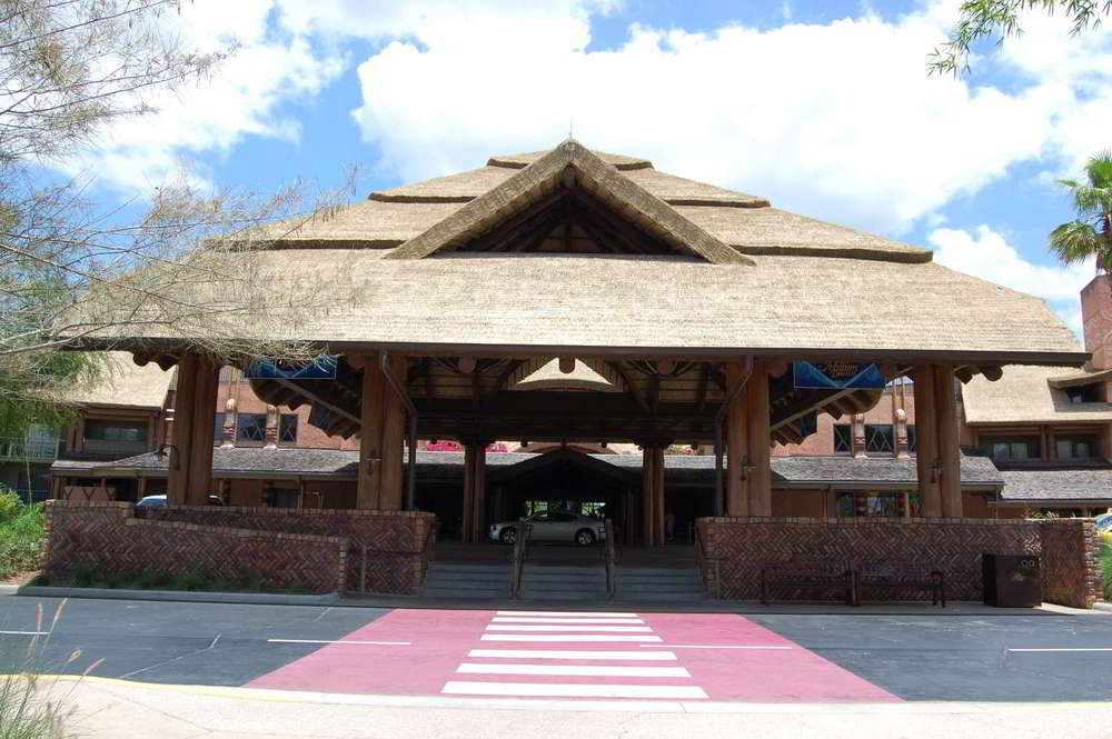 jambo-house-Entrance.jpg