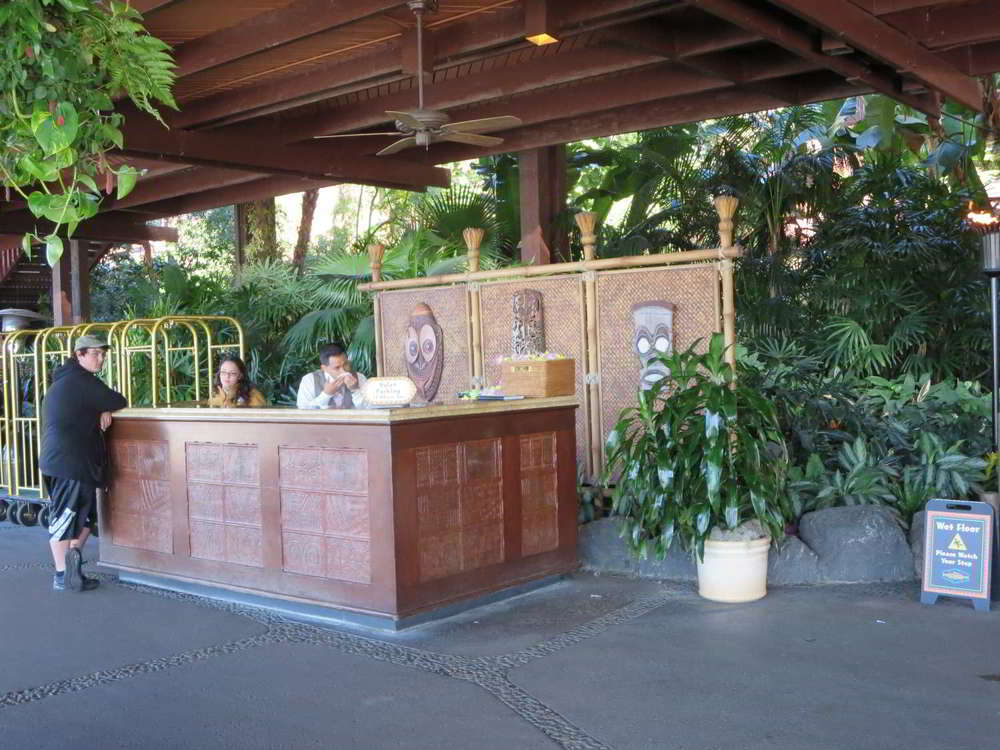 Disneys-Polynesian-Village-Bell-Services.jpg