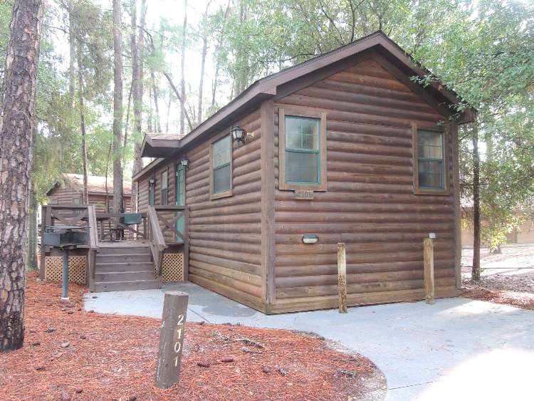 Disney's Fort Wilderness Cabin parking space