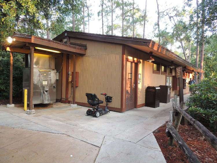 Each camping loop at Disney's Fort Wilderness Resort and Campground has a clean and modern comfort station with restrooms, showers, and coin laundry facilities.