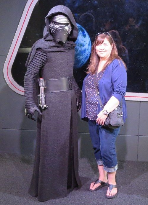 Meet Kylo REn, from Star Wars, at Disney's Hollywood Studios park / Walt Disney World Resort - Florida.