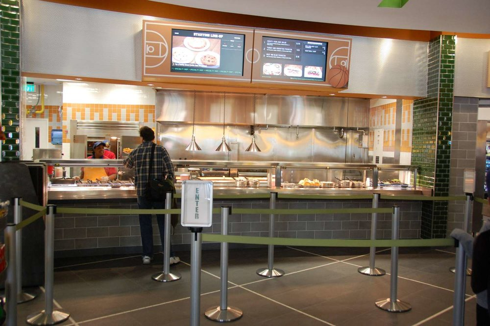 Disney's-All-Star-Sports-End-Zone-Food-Court (5).JPG