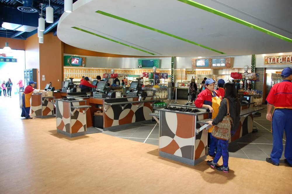 Disney's-All-Star-Sports-End-Zone-Food-Court (12).JPG