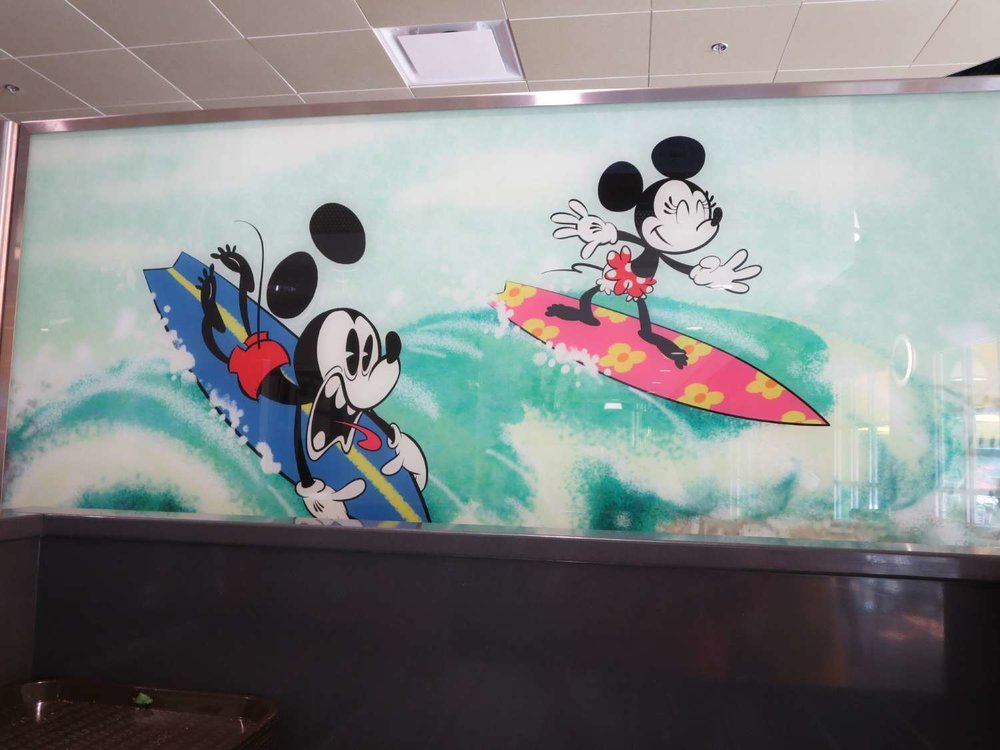Disney's-All-Star-Sports-End-Zone-Food-Court-Seating-Artwork (2).JPG