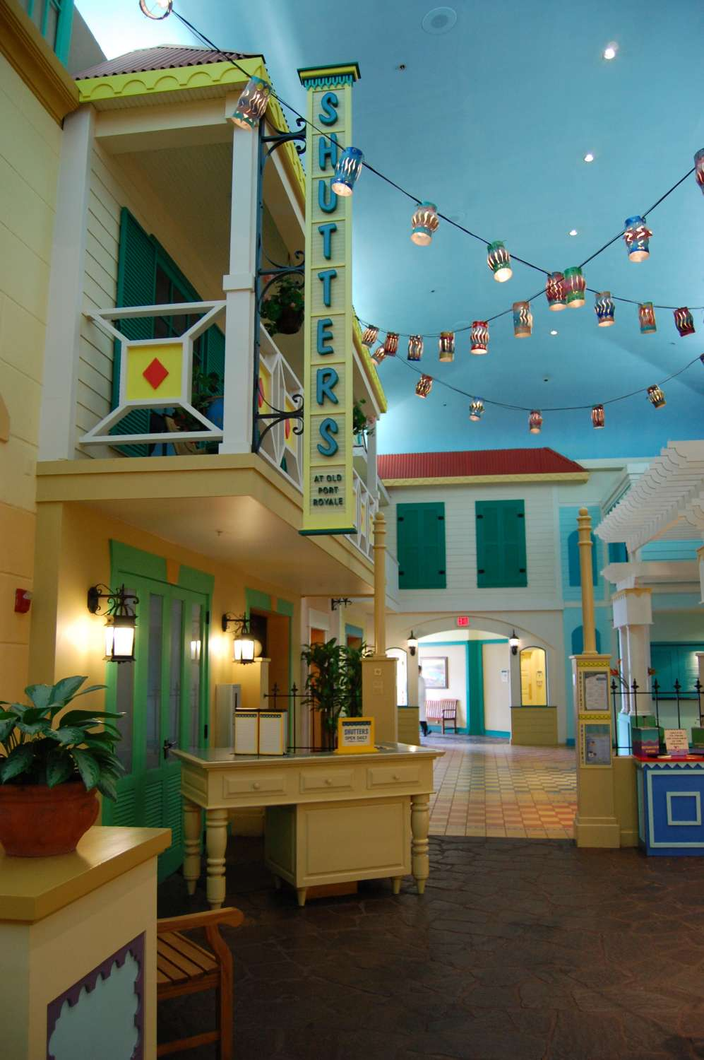 Disney's-Caribbean-Beach-Resort-Shutters-Table-Service.jpg