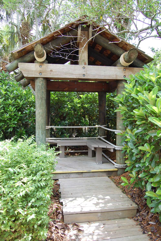 Disney's-Caribbean-Beach-Resort-Caribbean-Cay (2).jpg