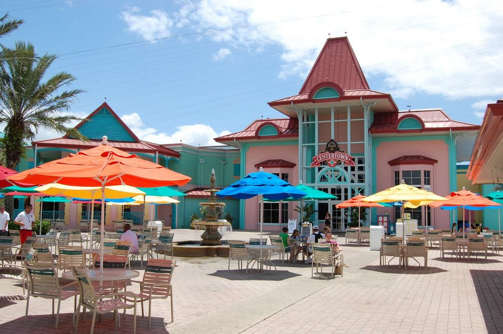 Disney's-Caribbean-Beach-Resort-near-pool-deck.jpg