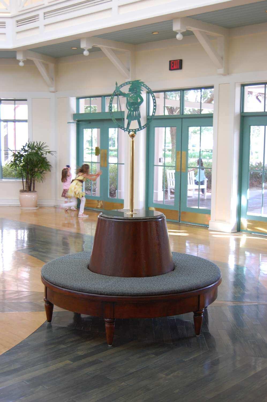 008-Disney's-Port-Orleans-Riverside-lobby.JPG