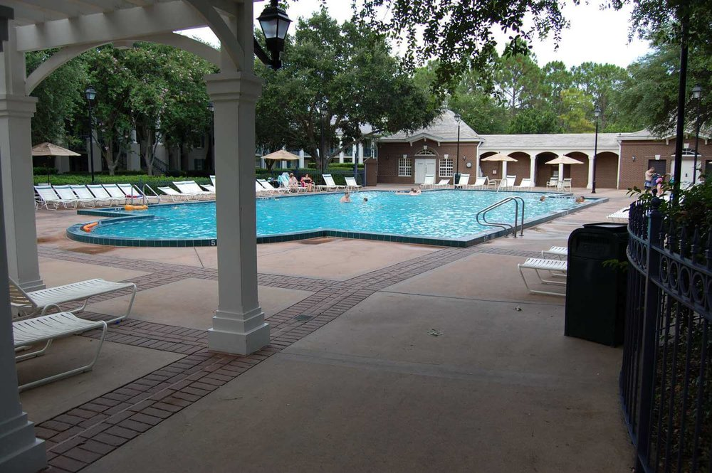 053-Disney's-Port-Orleans-Riverside-Mansions-quiet-pool.JPG