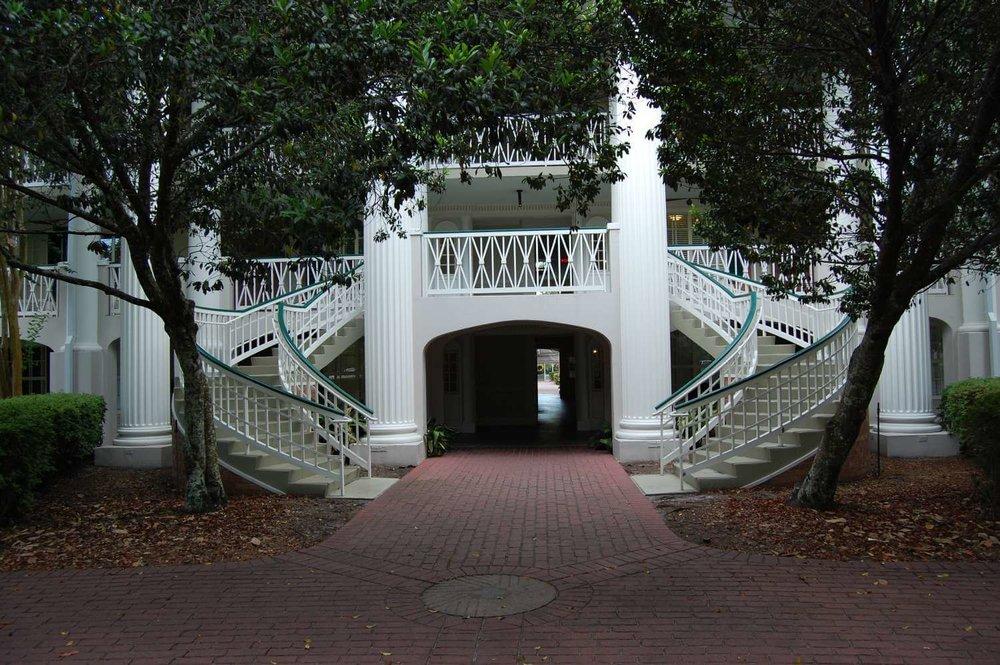 080-Disney's-Port-Orleans-Riverside-Magnolia-Terrace.JPG