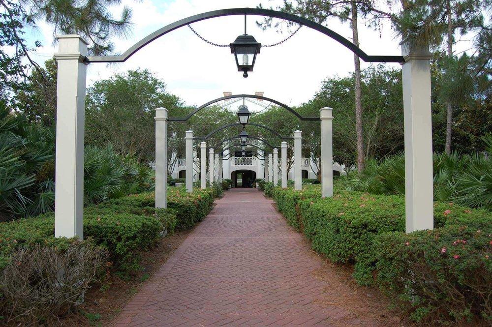 085-Disney's-Port-Orleans-Riverside-magnolia-terrace.JPG