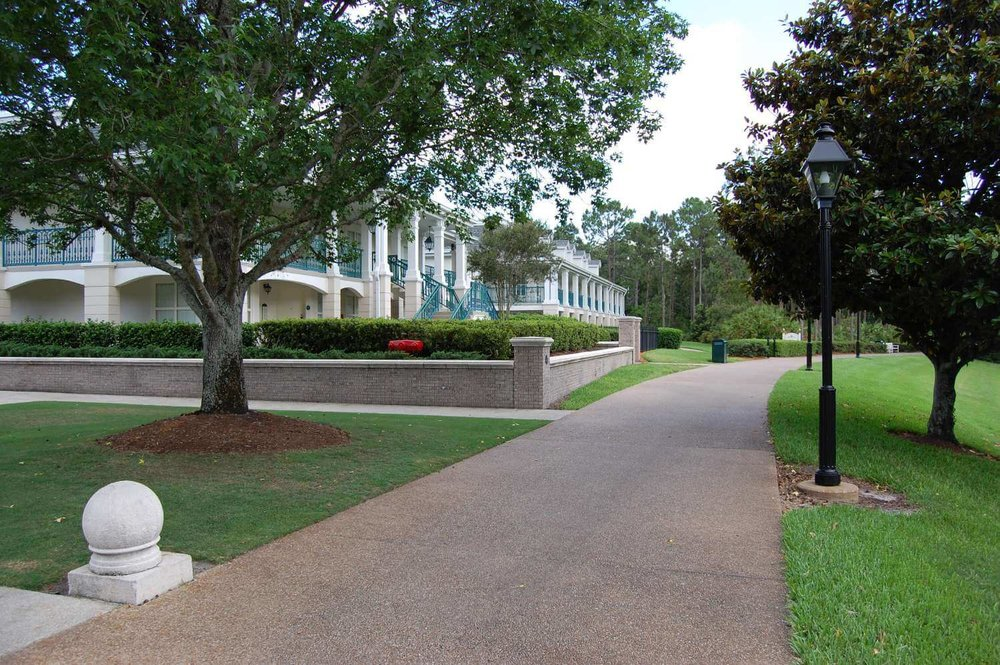 103-Disney's-Port-Orleans-Riverside-parterre-place.JPG