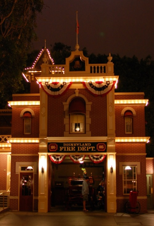 DLC-Firehouse-walts-Light.JPG