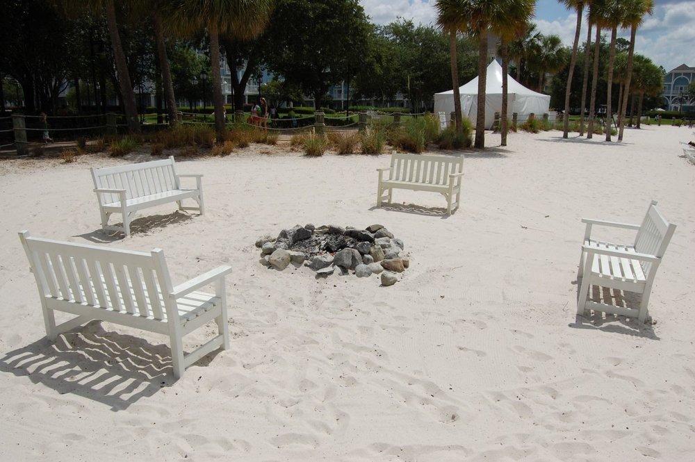 Disneys-Beach-Club-Campfire-compressor.jpg