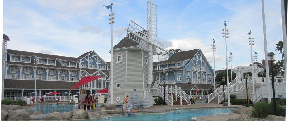 Disneys-Beach-Club-storm-along-bay-2.JPG